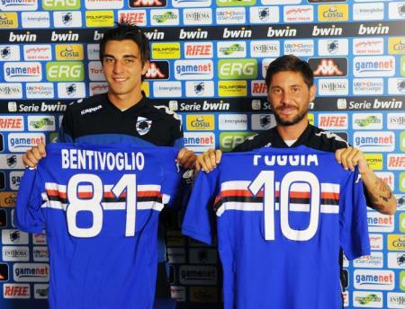 Os dois novos trequartisti da Samp foram apresentados juntamente (sampdoria.it)